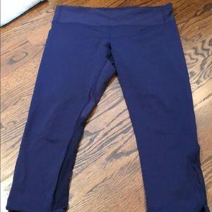 Brand new navy mesh lululemon cropped leggings